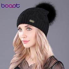 [Boapt] echt Waschbärpelz Echtem Wolle Weiblichen Kappen Metall Dekoration doppelstock Warme Gestrickte Winter Hüte für Frauen Mützen