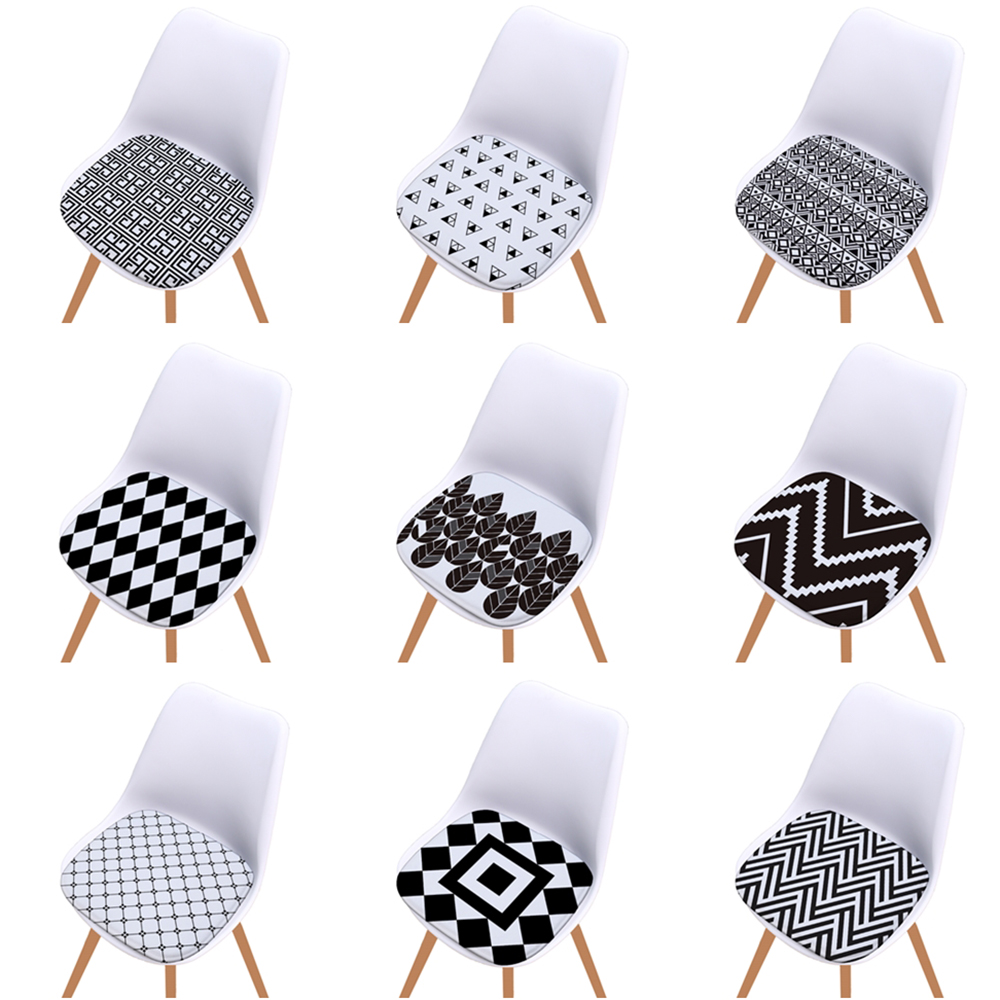White And Black Diamond Print Super Soft Flannel Seat Cushion Geometric Chair Cushion For Home Kitchen Decoration