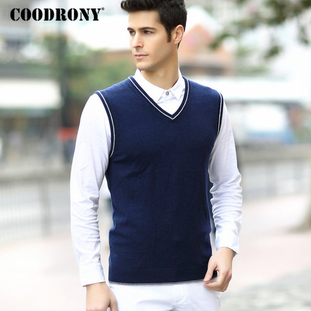 884f71a754f1a COODRONY Men Sweater Christmas Warm Merino Wool Vest Men 2018 Autumn Winter  Casual V-Neck Sleeveless Cashmere Sweater Vests 8334