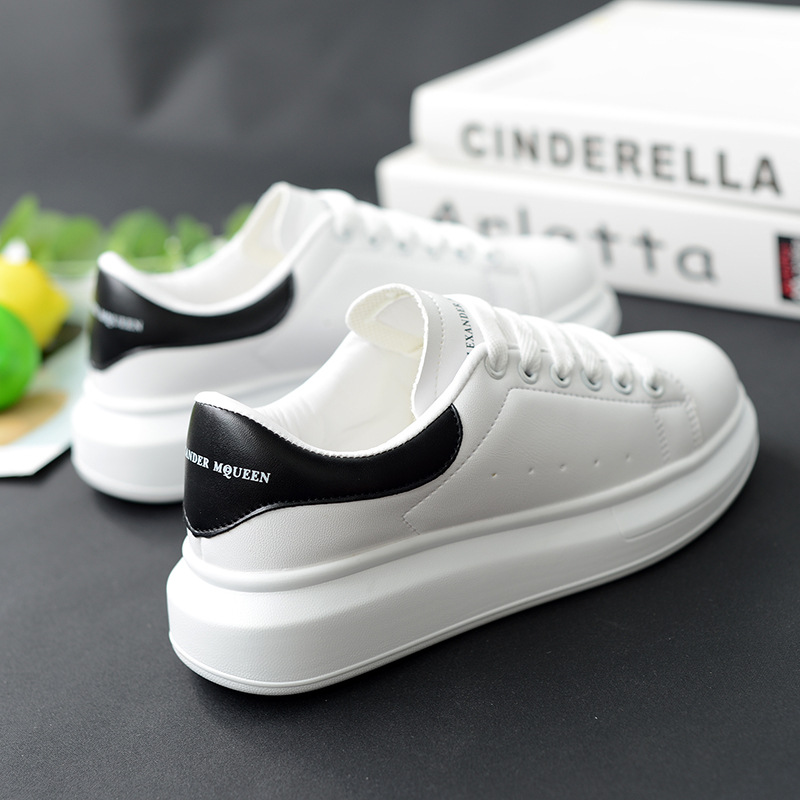 Women Platform Sneakers White Shoes High Quality Woman Csusal Shoes Men Sneaker Shoes Chunky Trainers Mcqueens Shoes Walking