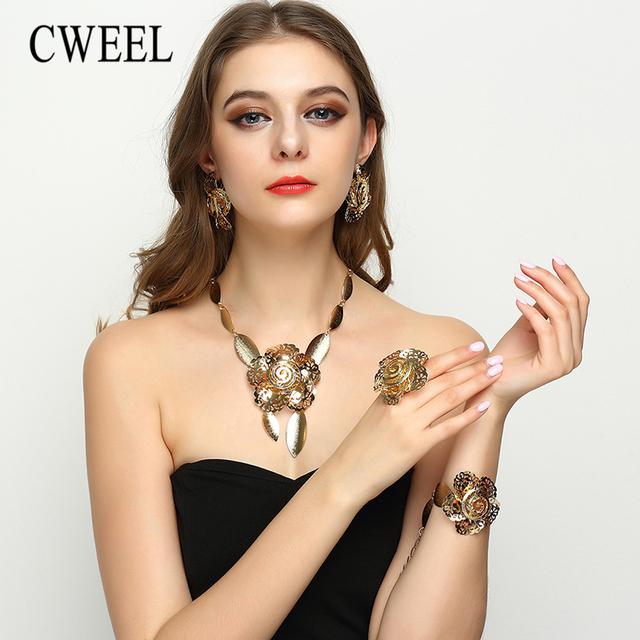 Cweel dubai sistemas de la joyería nupcial de oro grande de la flor para las mujeres elegante collar pendientes de la manera accesorios de la boda de nigeria