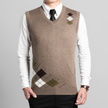 Newest Arrival Mens Autumn & Spring Good Quality V-Neck Sleeveless Wool Sweater Argyle Patterns Cashmere Sweater Vest