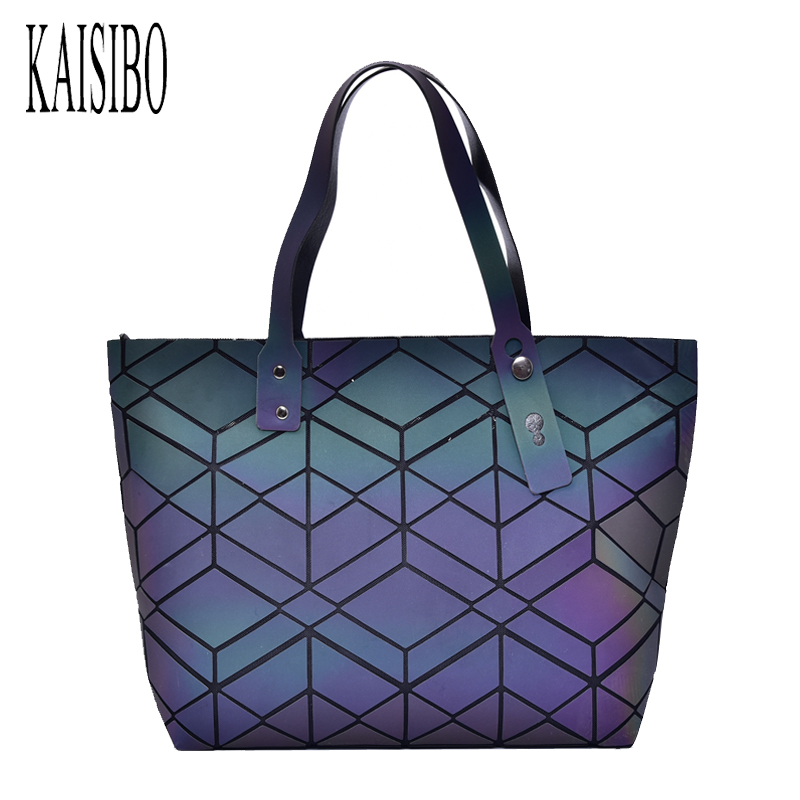 2018 Fashion Luminous Bag Women Casual Tote Folded Handbag Geometric Plaid Handbags Bolsa Feminina Shoulder Bag dvodvo women handbag baobao bag female folded geometric plaid bag bao bao fashion casual tote women handbag mochila shoulder bag