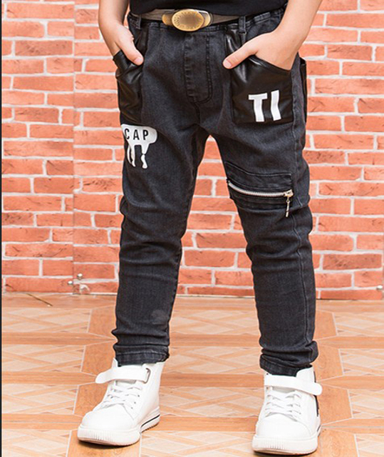 2016 autumn Korean version of children big virgin boy jeans Korean version of the black denim trousers boys jeans