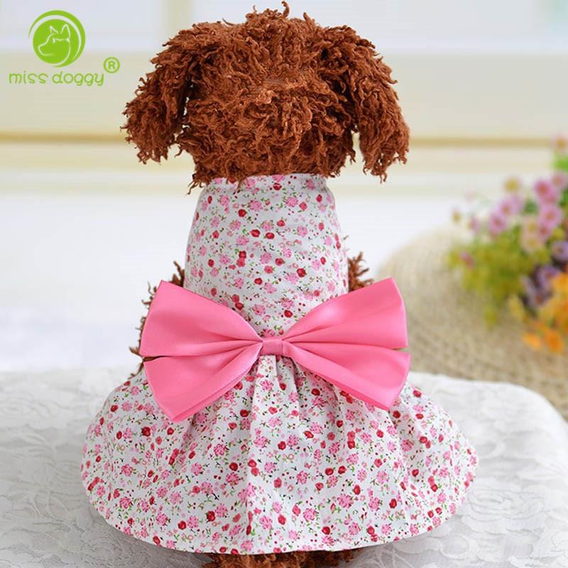 Vestido de Verano 2016 vestido de perro Big Bow floral ropa para mascotas  estilo de país vestido de algodón para Perros princesa Vestidos de novia  perro 022f6848b5d7