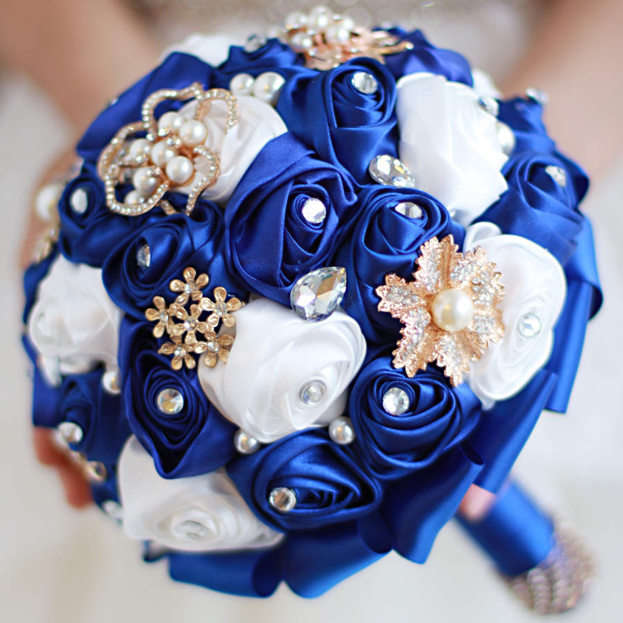 Iffo high end custom sapphire blue bride hand holding flower iffo high end custom sapphire blue bride hand holding flower bouquet the size of pearl drops drill petals ruby diy decoration in wedding bouquets from izmirmasajfo