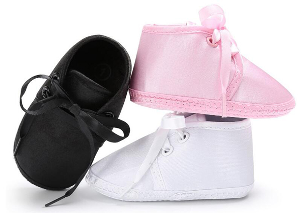 Baby Shoes Boys Newborn Blk White Satin Infant Shoes Prewalkers Girls Crib Shoes 2019 Autumn Christenning Wedding 0-18M Nonslip