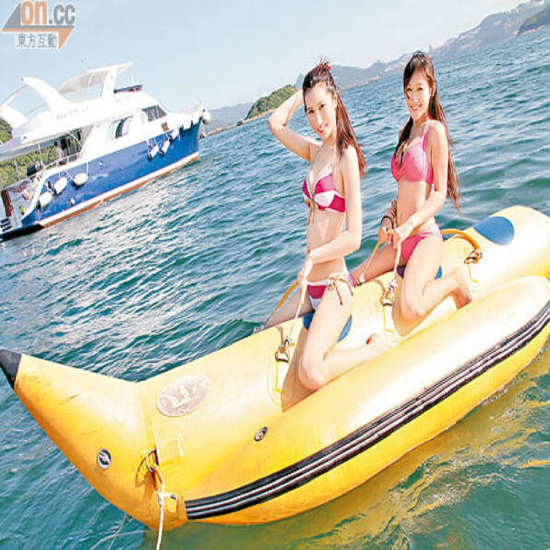 inflatable banana boat 2 people playing on the beach surf riding water game water toys цены
