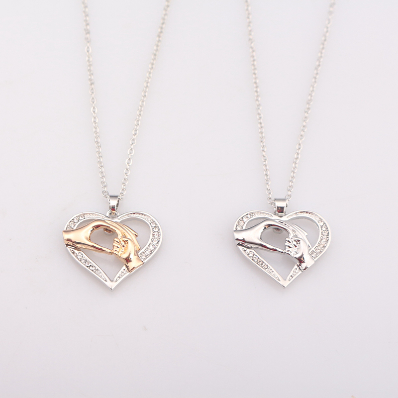 Free shipping 20Pcs/Lot Heart-shaped Big Hand Hold Small Hand Charm Necklace Pendants For Women Girl Gift