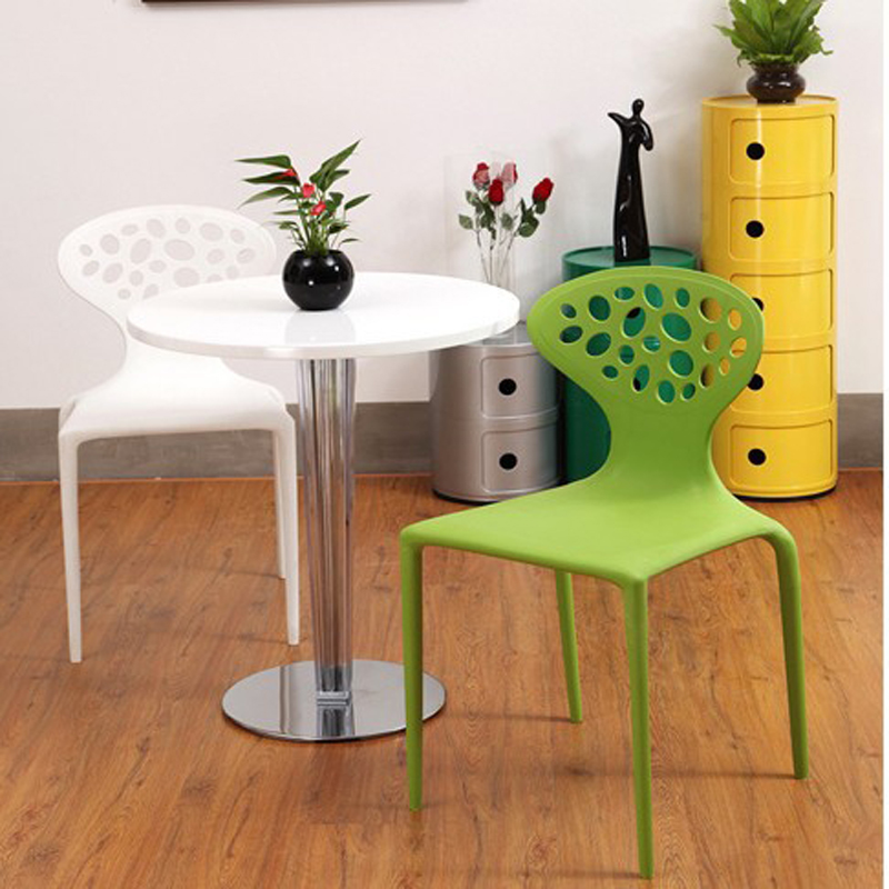 100% Plastic chair Leisure dining chairs,folding,Mesh chair,Fashion home furniture,Living room Furniture,color Plastic bar chair plastic dining chair can be stacked the home is back chair negotiate chair hotel office chair