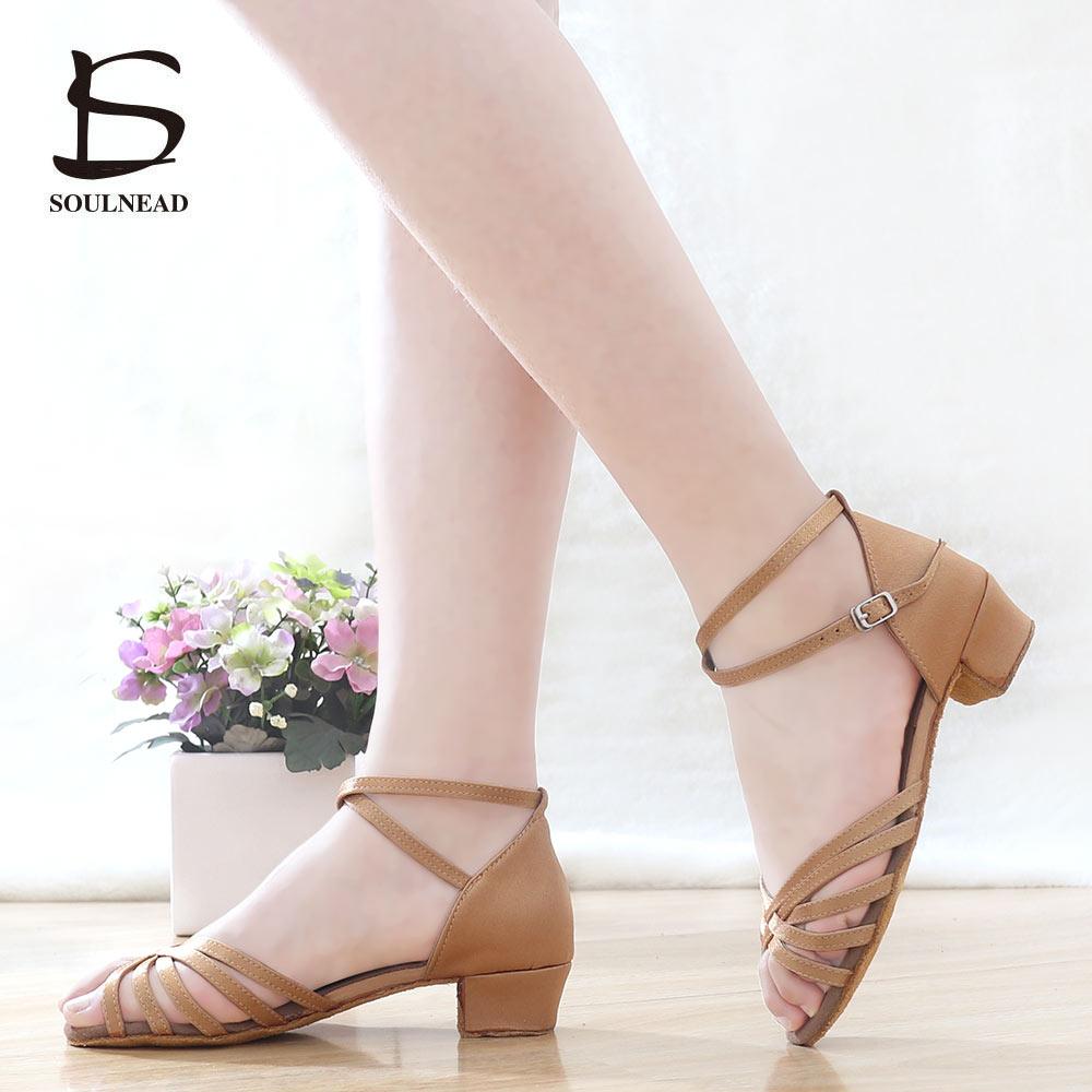 Nuevos zapatos de baile latino Tango de salón de baile de alta calidad zapatos de baile latino de mujer al por mayor zapatos de baile para niñas sandalias de Salsa de tacón bajo