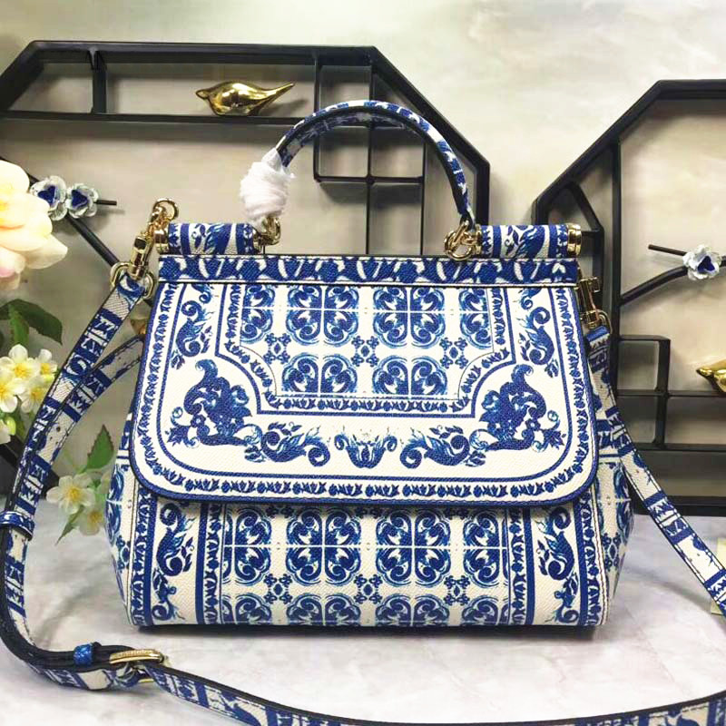 Unbelievable Charm! Perfect Quality! Blue Color Printing Bag, Cowhide Blue and White Porcelain Handbag, Fashionable Shoulder BagUnbelievable Charm! Perfect Quality! Blue Color Printing Bag, Cowhide Blue and White Porcelain Handbag, Fashionable Shoulder Bag