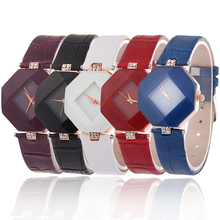 Lady's Rhombic Rhinestone Fine Faux Leather Strap Analog Quartz Wrist Watch Gift SMT25 W2E8D