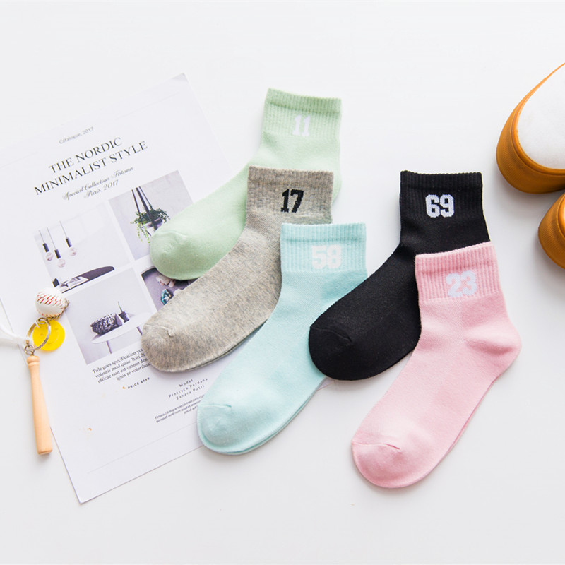 Women cotton   socks   unisex letter digital number double stripe pattern harajuku sox cool skateboard   socks   art hipster sokken