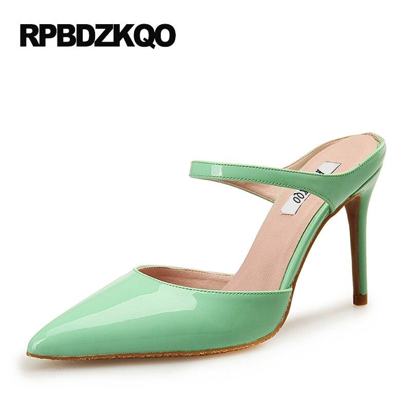 113676567 Dedo Apontado fina 3 Polegada Sandálias Mulheres Bombas de Grande Tamanho  2017 Verde Japonês Cinta Sapatos Mulas Chinelo Sapatos De Salto Alto  Patente couro ...