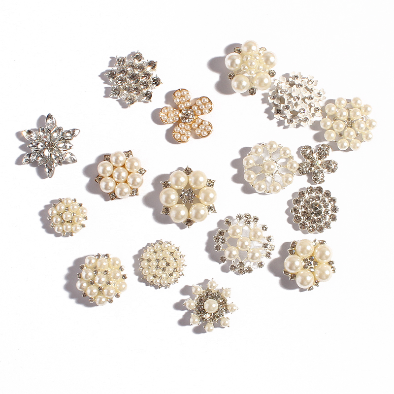 50Pcs Diamante Silver Tone Rhinestone Crystal Flower Flat Back Flower Buttons Sewing DIY Craft Decoration Embellishments 28mm