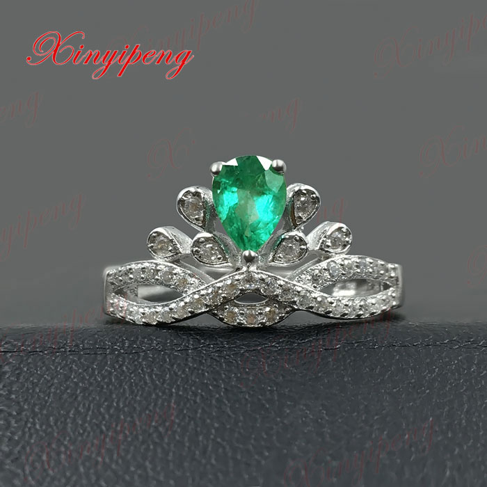 925 silver inlaid natural emerald ring women Luxury and generous green925 silver inlaid natural emerald ring women Luxury and generous green