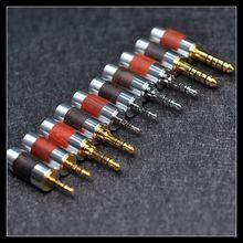 Sandalwood 2.5MM Rhodium-plated Plug Gold-plated