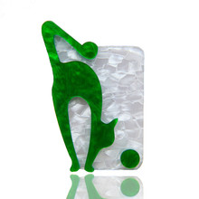 New Acrylic Lovely Green Fox Brooches And Pins Icons Acetate Fiber Animal Style Brooch For Women Clothe Scarf Accessories Gifts