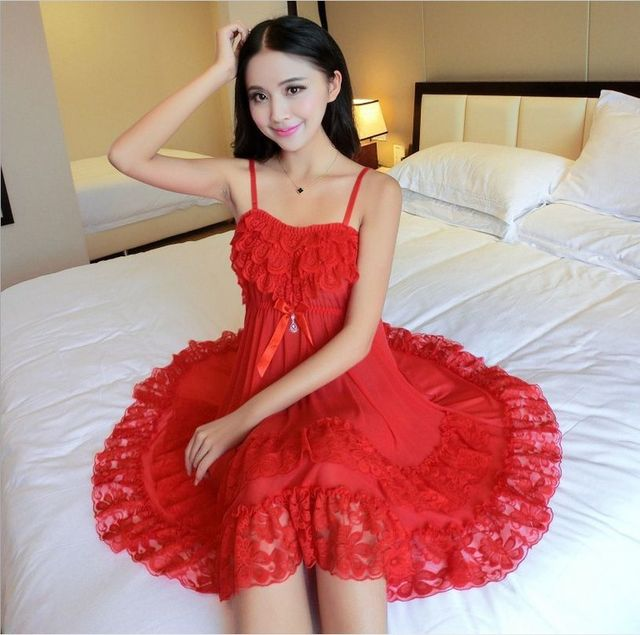 New sexy women hollow out nightwear Lace nightgowns Real silk nightgowns tempatation straps skirts sleepwear (include Thongs)