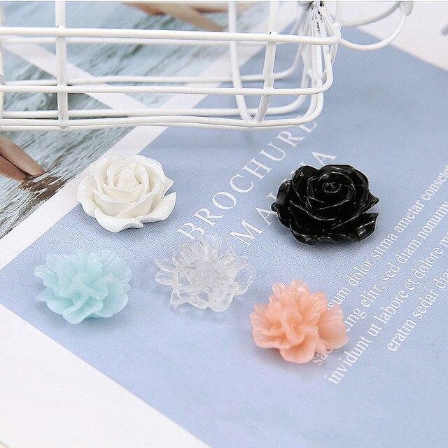 Explosão modelos populares 50 pçs/lote cor flores forma Apartamento de volta contas de resina encantos diy jóias brincos acessório