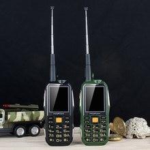 Mafam m2 + áspero à prova de choque ao ar livre do telefone móvel uhf ferragem intercomunicador walkie talkie sos dial cinto clipe powerbank gsm facebook