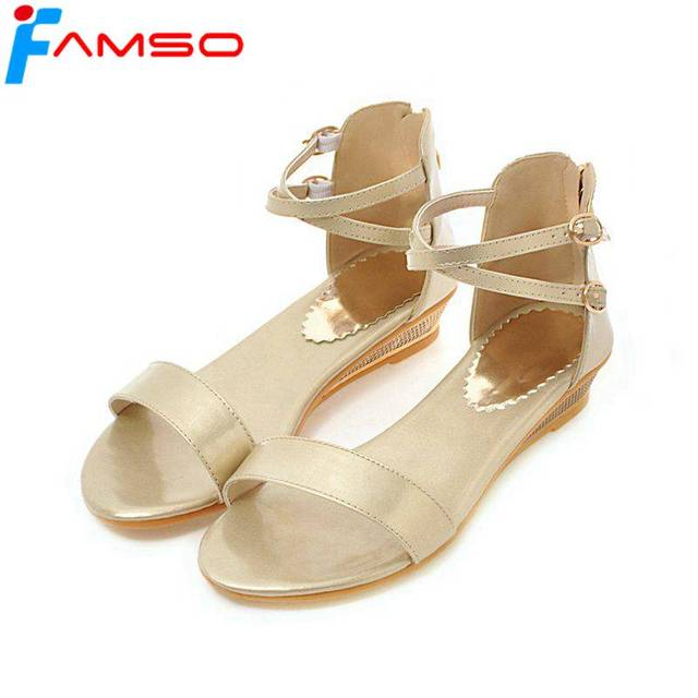 068ea39273e8 FAMSO 2018 New Women Sandals Gold Silver Platforms Shoes Summer Designer  Ladies Casual Wedges Sandals Shoes Casual Outdoor