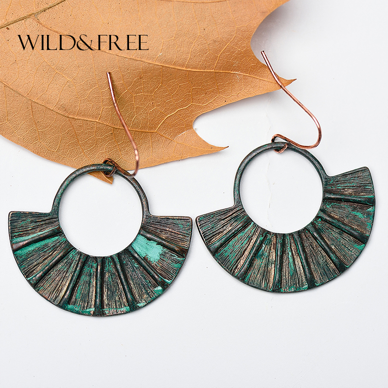 Women Retro Ethnic Sector Shape Drop Earrings Vintage Antique Gold Patina Zinc Alloy Pendant Boho Hook Dangle Earrings Jewelry