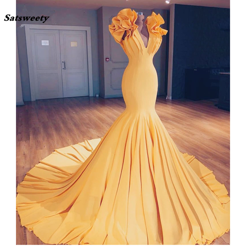 2019 Saudi Arabic Yellow Mermaid Prom Dresses Special Designed Long Ruffles On Shoulder Abiye Elastic Bridesmaid Dresses