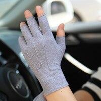 Protector solar guantes Semi-dedo hombre mujer primavera novedad de verano estilo fino antideslizante conducción medio dedo guantes Unisex SZ109N