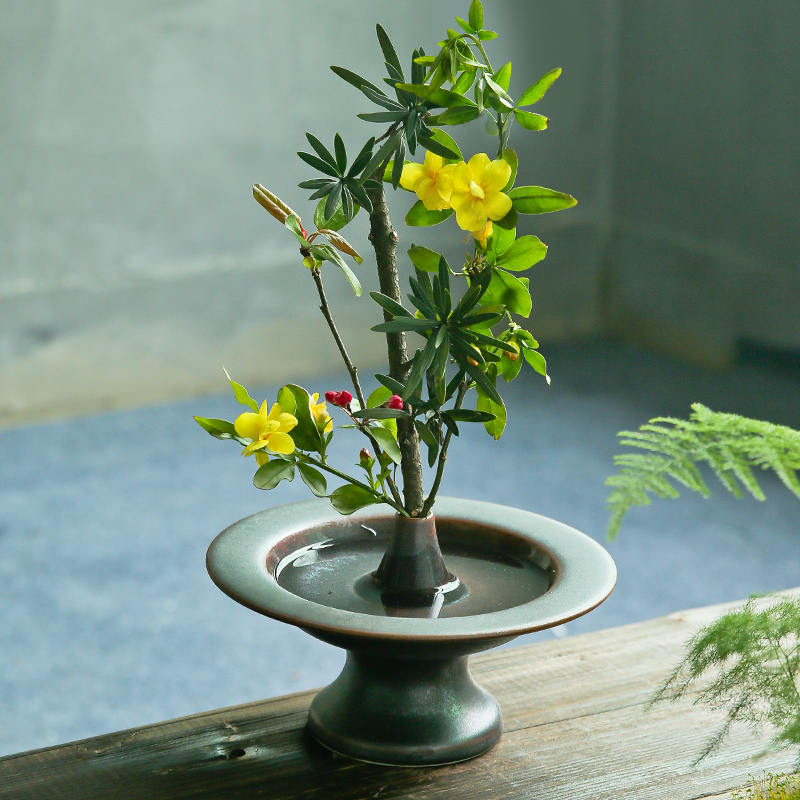 Zen Japanese Flower Arrangement Ikebana Vase Tea Room