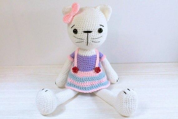 Häkeln Katze Kitty Amigurumi Mit Einem Rock Gestrickte Kuscheltiere
