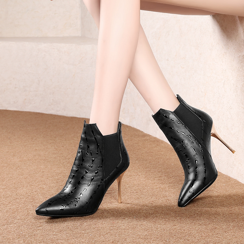Sexy pointed top layer cowhide high-top wine glasses with Han Fan fashion ankle bootsSexy pointed top layer cowhide high-top wine glasses with Han Fan fashion ankle boots