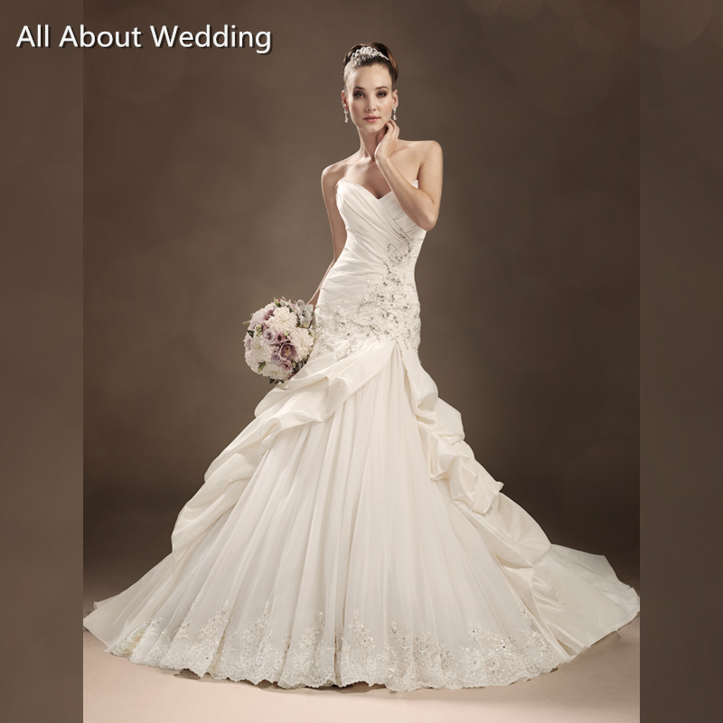 Aliexpress Buy A Line Tulle Lace New Bridal Wedding Dresses Y11306 Strapless Factory Sell Taffeta Ruffle Bubble Hem From Reliable