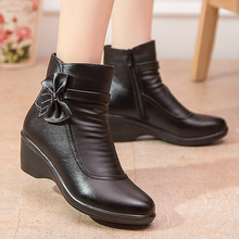 Snow boots shoes woman mid-calf winter shoes butterfly knot ladies short plush zip wedge leather boots waterproof women boots