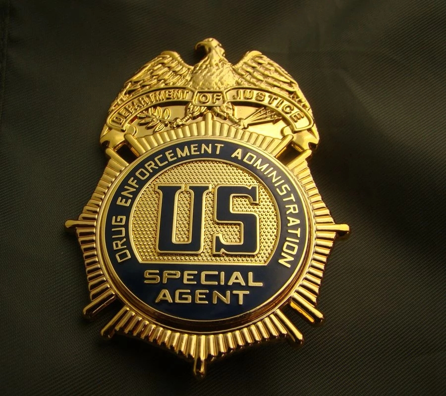 Top quality military army fan America badge US Drug Enforcement Administration medal pure copper pin brooch