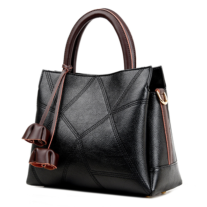 Women Famous Brand Bags Genuine Leather Handbags Women Messenger Bag Vintage Tassel Women Shoulder Bags Lady Crossbody Totes Sac pmsix chinese style brand women handbags genuine leather bag printing cowhide women totes national vintage women messenger bags