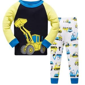 Nowy zestaw ubrań dla niemowląt samochodziki w stylu kreskówki chłopiec piżamy garnitury jesienno-zimowy strój na noc bawełna dziecięca piżama bielizna nocna dla dzieci bielizna nocna