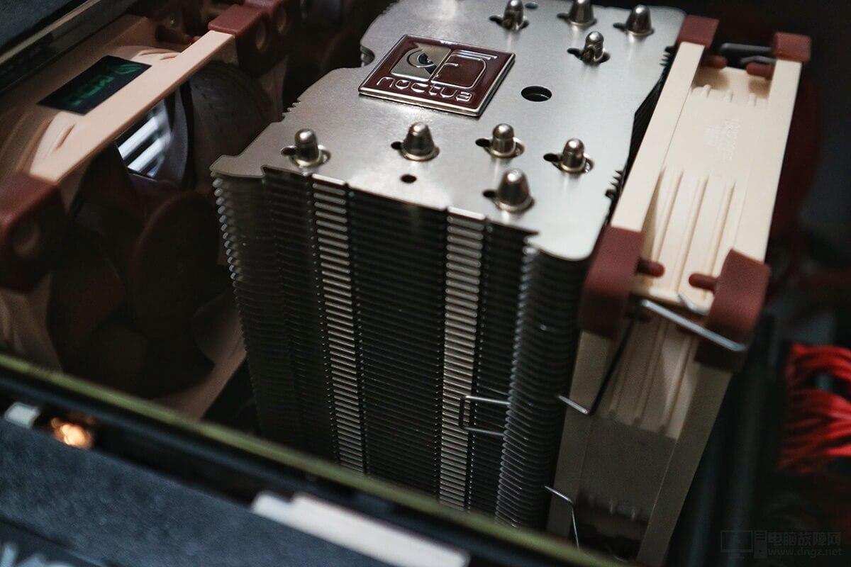 AMD YES! ITX小機箱電腦配置裝機作業23
