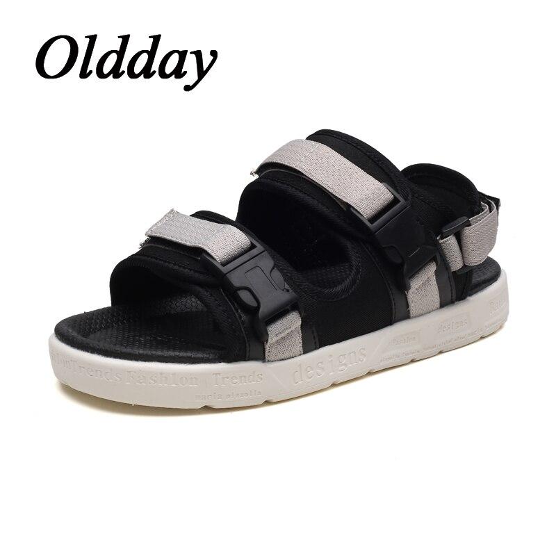 Men Sandals 2018 New Summer Black Male Beach Flat Walking Shoes Comfortable Man Fashion Sneakers Hombre