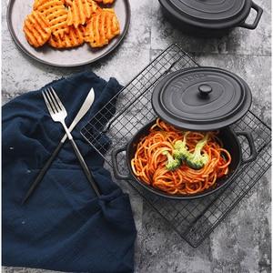 Image 4 - Marco de hierro para hornear, rejilla negra de 23x26cm, soporte para hornear pasteles, para alimentos, pan, estudio de fotografía, accesorios para fotos