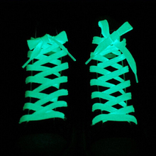 1 пара светящиеся шнурки спортивная обувь на плоской подошве; парусиновая обувь с кружевом светится в темноте ночи Цвет флуоресцентные шнурки 60/80/100/120/140 см
