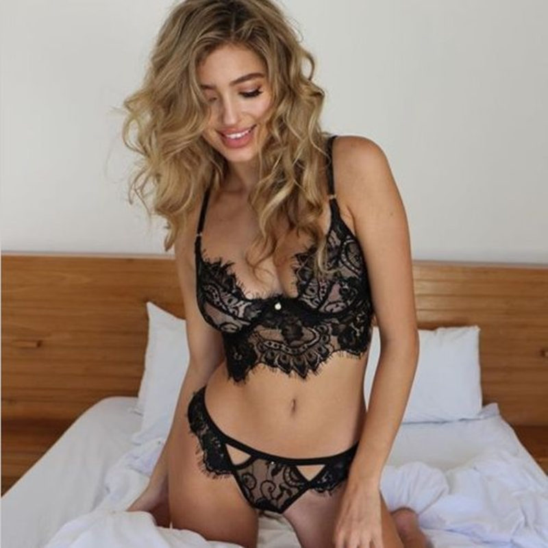 2019 new Sexy Lace push up   Bra     Sets   Women Seamless Embroidery Bralette Wireless Breathable Underwear Lingerie   Set   Plus Size