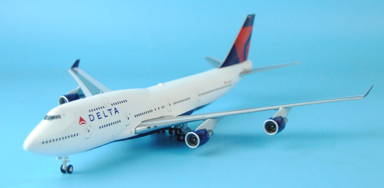New Gemini Jets 1: 200 G2DAL582 Delta Airlines B747-400 N668US Alloy aircraft model Favorites Model