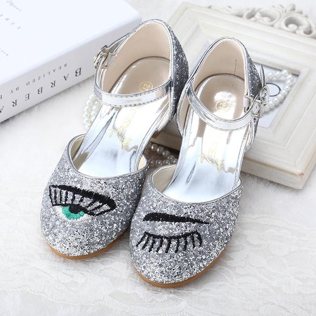 2016 Crianças Sapatos de Bling Crianças Sandálias Sapatos de Desempenho Sapatos de Dança Latina De Salto Vidro Olhos Cílios Lantejoulas Brilhantes Meninas