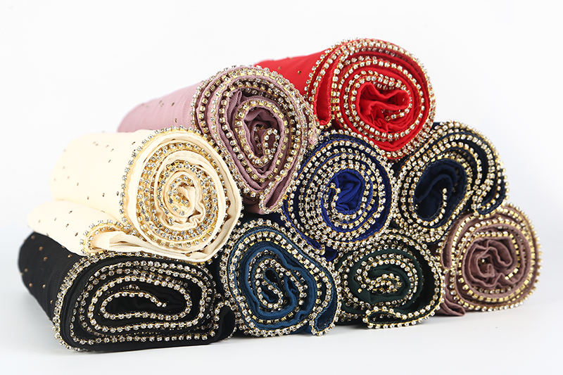 50 pcs/lot plain bubble chiffon   scarf     wrap   shinny cup chain with rhinestones shawl headband muslim hijabs   scarves  /  scarf   19 color