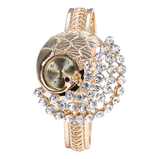 2019 New Arrival Women Round Full Diamond Bracelet Watch Analog Women Watches Qu