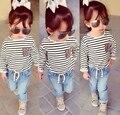 JT-156 Varejo 2017 Outono menina conjunto de roupas de bebê manga longa tecido listrado t-shirt + calça jeans 2 pcs. crianças roupas terno