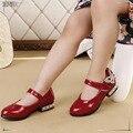 2016 Moda niños Niñas zapatos Solos Zapatos Planos De Primavera Otoño Con Kawaii Flor de Cuero de LA PU Niños Holgazanes Niñas CS3198