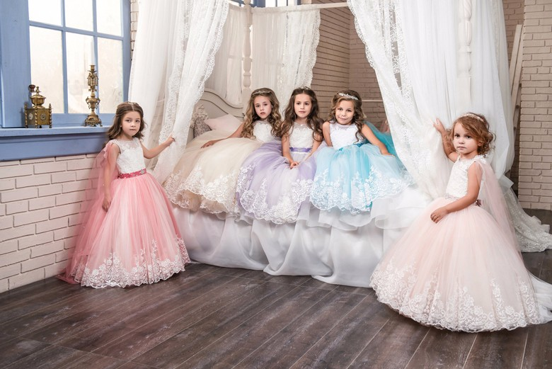 A Line Flower Girl Dresses Lace Appliques Ruffles Beading Lace Up Little Girl BridesmaidTulle Ball Gowns Wedding Girl Dresse little girl infant girl toddler girl s formal dresses with stunning crystal beading 1t 6t g155